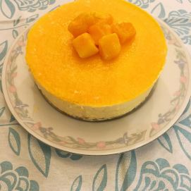 Mango Mousse Cheese Cake (芒菓慕絲芝士蛋糕)