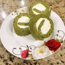 Matcha Swiss Roll (抹茶瑞士卷)